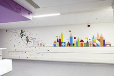 Artwork to calm and distract children on their route to surgery in the new Royal London Child… Kunstwerke, die Kinder auf ihrem Weg zur Operation im neuen Royal London Children's Hospital [ beruhigen und ablenken Kindergarten Interior, Kindergarten Design, Clinic Design, Healthcare Design, Dental Design, Kids Inspire, Operation, Hospital Design, School Decorations
