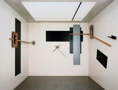 el lissitzky's proun room, 1923  (saw it at moma in ON LINE, loved it)