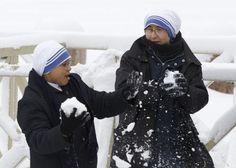 Snow fight! :D
