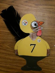 steelers football turkey in disguise Steelers Football, Turkey Football, Turkey Art, Tom Turkey, Twilight Sparkle, Thanksgiving Art Projects, Thanksgiving Recipes, Mini Diy, Turkey Project