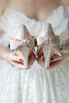 rhinestone bridal shoes for high style bride, wedding shoes with bows London Bride, London Wedding, Just In Case, Just For You, Dream Wedding, Wedding Day, Beige Wedding, Sparkle Wedding, Glamorous Wedding