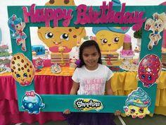 DIY centerpieces with Shopkins clipart Fete Shopkins, Shopkins Bday, Shopkins Game, 9th Birthday Parties, 7th Birthday, Birthday Ideas, Party Fiesta, Daisy, Party Ideas