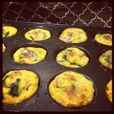 Ham and Spinach Scrambled Egg Cups!