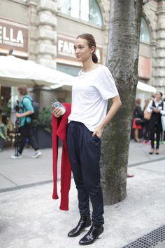 Milan Fashion Week street style.  #streetstyle #style #fashion
