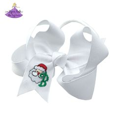 Personalized Baby Girl Christmas Gift! A personalized baby headband bow featuring an embroidered Santa with the initial letter of your choice. Available in two different sizes and a variety of colors. Our bows are carefully crafted to have a gorgeous boutique bow shape that stays full when worn. Our ribbon length and widths are carefully selected for each size bow to offer the best possible shape. Christmas Hair Bows, Baby Girl Christmas, Christmas Gifts For Girls, Santa Christmas, Elastic Headbands, Baby Headbands, Stocking Stuffers For Baby, Bow Shop, Christmas Accessories