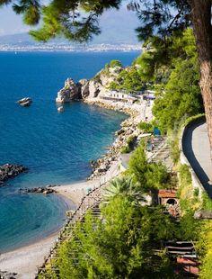 TRAVEL GOALS: Amalfi Coast, Italy
