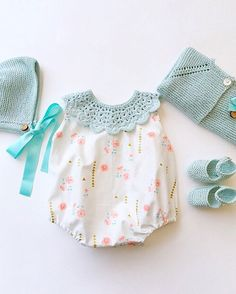 Likes, 26 Kommentare - Kindermode Made in Spain ( . - baby fashiOn : the modern baby - Baby Girl Romper, Little Girl Dresses, Baby Bodysuit, Baby Dress, Baby Onesie, Baby Baby, Girls Dresses, Baby Knitting Patterns, Baby Girl Fashion