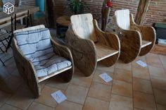 un touret bobine de chantier transform en banc avec des planches de palettes palette. Black Bedroom Furniture Sets. Home Design Ideas