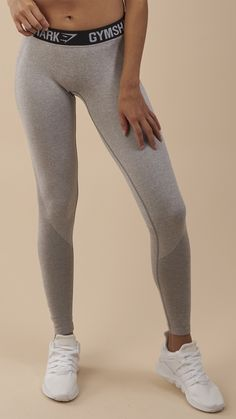 Form flattering and figure hugging, the Women's Flex Leggings combine our signature seamless knit with beautiful design.