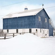 This is the first blue and white barn I've ever seen!!! From Country Living magazine. Says owner stained the barn blue to remind her of Europe....... (This is Max's barn) This is Dragonfly Farm in Canada (Country Living)