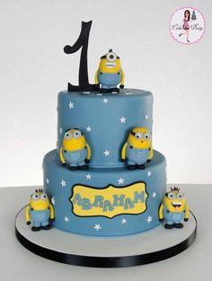Gâteau d'anniversaire inspiré par Moi Moche et Méchant