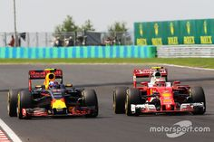 GP Hungary Kimi Raikkonen and Max Verstappen do battle multiple times for a position during the race. Red Bull Racing, F 1, Aston Martin, Hungary, Race Cars, Cool Pictures, Battle, Ferrari, Seasons