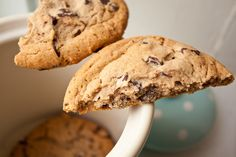 Chewiest Choc Chip Cookies - Can You Stay for Dinner? ...Nutrition info per cookie: Calories: 213.7, Fat: 10.5 g, Cholesterol: 32.9 mg, Fiber: 1.1 g, Protein: 2.1 g
