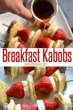 Good Morning Breakfast Kabobs. This is a simple and easy breakfast recipe that your family will love.  It adds a little more fresh fruit to the breakfast table. #ThePerfectBreakFEAST ad