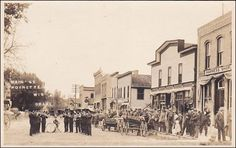 RP: Main St with Brass Band , POYNETTE , Wisconsin , 00-10s Item# SCVIEW448302 (284325441)