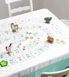 ~Werk een spel uit op een groot tafellaken~