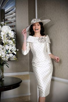 Ian Stuart mother of the bride/groom outfits Chameleon Bride Bournemouth Dorset ISL dresses occasion wear for mums weddings. Bride Groom Dress, Groom Outfit, Bride Dresses, Party Dresses, Formal Dresses, Mother Of Bride Outfits, Mother Of The Bride, Short Wedding Guest Dresses, Ian Stuart