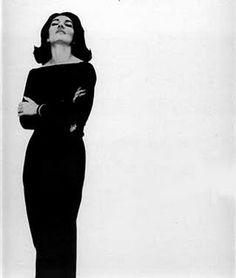 This portrait makes my aesthetic sense sing. ( Maria Callas )