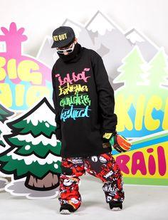 Extreme character instinct 'DOLDOL' graffiti design  Extreme brand character snowboard TALL-T fashion design. Designed by DOLDOL. www.doldoly.com.  #Snowboard #skateboard #sk8 #longboard #그래피티 #hiphop #hoodie #snow #스노우보드 #tshirts #hood #characterdesign #snowboarding #extremesports #graffiti #캐릭터라이센스 #돌돌디자인 #hiphop #surf #캐릭터디자인 #photo #rainbow #후드 #타이포그래피 #dj #fashion #doldol #doldoldesign #Burton
