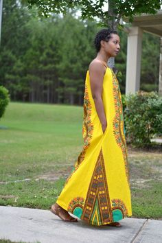 african print dress diy, diy african print maxi dress, how to make a shoulder tie maxi dress, loose fitting, spaghetti strap maxi dress with side pockets, african dashiki maxi dress for summer, spaghetti strap maxi dress, diy african print dress, maxi dre