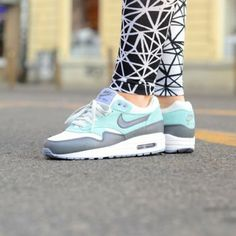 Buty Nike Wmns Air Max 1 Essential