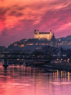 15 reasons why Bratislava is better than Prague Travel Around The World, Around The Worlds, Bratislava Slovakia, Poland Travel, Wanderlust, Central Europe, Most Beautiful Cities, City Break, Prague