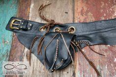 Leather belt bag festival hip bag boho bag door InfinityWearOnline