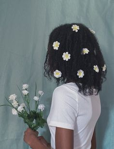 Black Girl Magic, Black Girls, Curled Hairstyles, Cool Hairstyles, Black Girl Aesthetic, Dream Hair, Poses, Pretty People, Hair Inspiration