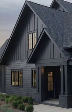 Hot On Plate Discover Ideas Black House Exterior, Cottage Exterior, Modern Farmhouse Exterior, Exterior House Colors, Exterior Design, Farmhouse Style, Dark House, My House, The Ranch