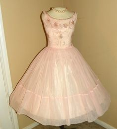1950's Fancy Pink Chiffon Sequin Bombshell Party Dress Full Skirt
