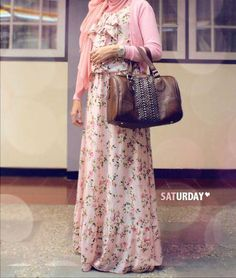 how to wear a maxi dress in the winter   How To Wear Floral Dresses During Winter   My Hijab