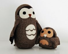 Sock owls. I want these so bad!!! But I really can't pay that much for something made out of a sock...