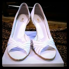 "White open toe shoe Bakers open toe white shoe 4"" Bakers Shoes Heels"