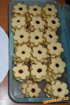 Cinnamon Stars Recipe, Cookie Cutters, Icing, Biscuits, Oven, Dishes, Cookies, Breakfast, Recipes