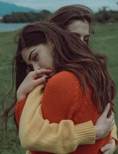 A Cloudy Day, a look at Flicka Elisa Diy Foto, Girlfriend Goals, Cute Lesbian Couples, Couple Aesthetic, Girls In Love, Portrait Photography, Beauty Photography, Digital Photography, Romance