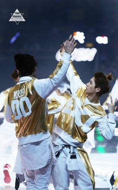 140406 EXO Luhan and Kris - Peace & Love & Friendship Concert - Beijing