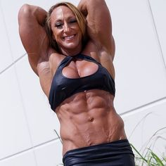 A picture of Mary Cain. This site is a community effort to recognize the hard work of female athletes, fitness models, and bodybuilders. Ripped Girls, Muscular Women, Big Muscles, Fitness Motivation, Women's Fitness, Female Fitness, Muscle Girls, Gym Girls, Female Athletes
