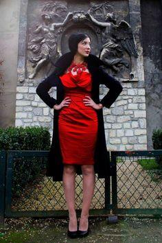 Elegant straight red dress by Vintage Sofia