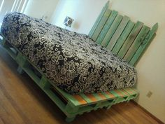 42 DIY Recycled Pallet Bed Frame Designs | 101 Pallet Ideas - Part 4
