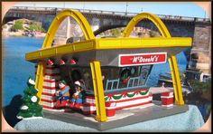 McDonald's Drive in - Department Dept 56 Snow Village D56