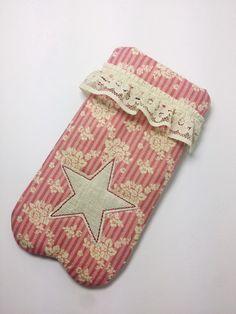 Pillen- & Notfalltaschen - Pillentäschchen Mary, rosarot - ein Designerstück von Creativablue bei DaWanda