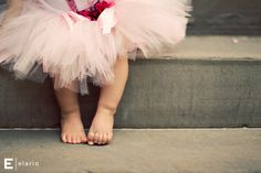Love baby toes and tutus!