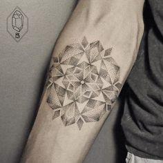 30 Tatuajes minimalistas te demuestran que menos es más ¡Quiero el 4!