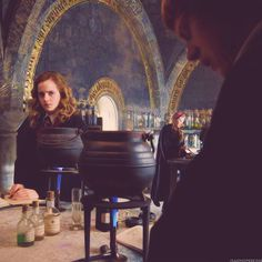 I like how Hermione looks at Ron.