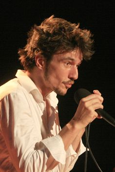 Jo Gilly - Festival Chansons de Parole 2012 - Chant Libre - Barjac m'en Chante - Photo AM. Panigada