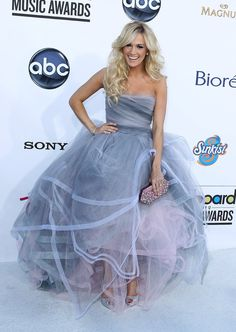Carrie Underwood Grey Dress - Bing Images