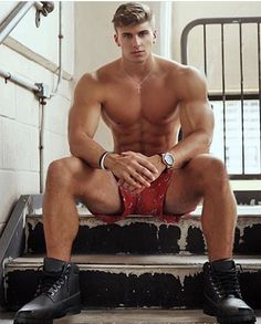 Fantasy muscle men, buff bodybuilders and good looking guys, BUILT by tallsteve. Muscle Boy, Muscle Hunks, Boxers Underwear, Blonde Guys, Big Muscles, Hot Hunks, Male Form, Guy Pictures, Most Beautiful Man