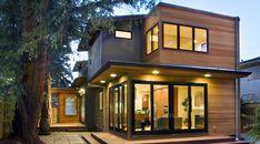 บ้านสองชั้นแบบร่วมสมัย ตกแต่งด้วยไม้เสริมความเป็นธรรมชาติ ให้ดูร่มรื่นสบายตา   NaiBann.com