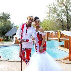 African Print Wedding Dress, African Wedding Attire, African Attire, African Dress, African Weddings, Traditional Dresses Designs, African Fashion Traditional, African Traditional Wedding, Princess Wedding Dresses