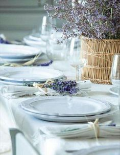 Provence style table setting with silverware and napkins neatly tied with a swig of lavender. Beautiful tablescape - love the basket filled to the brim with lavender, I can almost smell it! Beautiful Table Settings, Wedding Table Settings, Place Settings, Table Wedding, Wedding Reception, Wedding Cakes, Provence Wedding, Provence Style, Provence Decorating Style